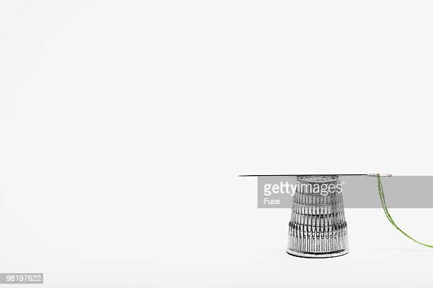 needle and thimble - thimble stock photos and pictures