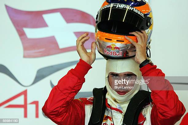 Neel Jani of Switzerland prepares to qualify for the A1 Grand Prix of Nations at the Circuito Estoril on October 22, 2005 in Estoril, Portugal.