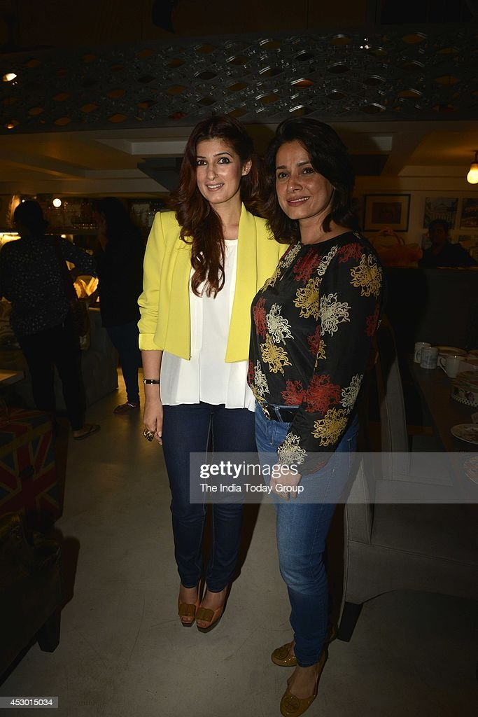 Neelam Kothari and Twinkle Khanna at the launch of new collection at Twinkle Khannas store `The White Window` in Mumbai