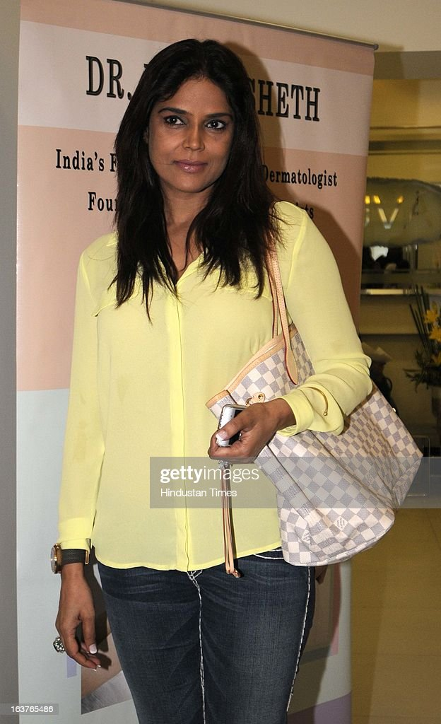 Neelam Roy wife of Bollywood actor Ronit Roy poses during the celebration of Dr Rekha Sheth`s Maria Duran Lectureship award at Juhu on March 13 2013..