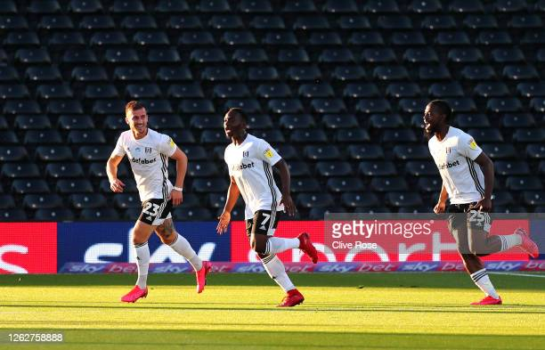 Neeskens Kebano of Fulham celebrates after scoring his sides first goal during the Sky Bet Championship Play Off Semifinal 2nd Leg match between...
