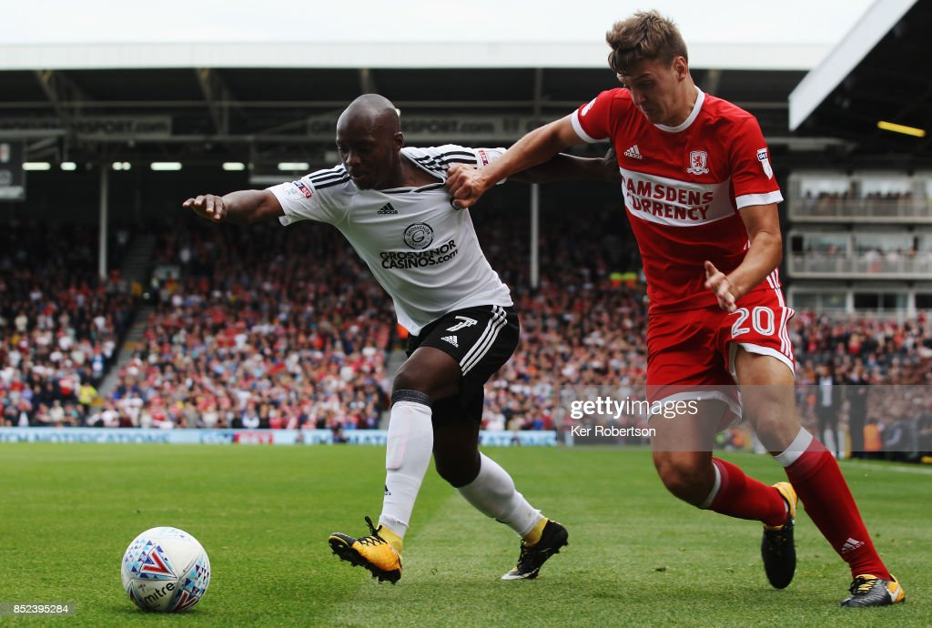 Neeskens Kebano of Fulham holds off the challenge of Dael Fry of Middlesbrough during the Sky Bet Championship match between Fulham and Middlesbrough at Craven Cottage on September 23, 2017 in London, England.