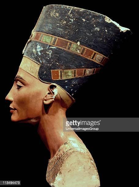 Nefertiti bust_