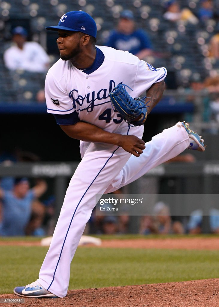 Neftali Feliz #43 of the Kansas City Royals throws in the ninth inning against the Seattle Mariners in game two of a doubleheader at Kauffman Stadium on August 6, 2017 in Kansas City, Missouri.