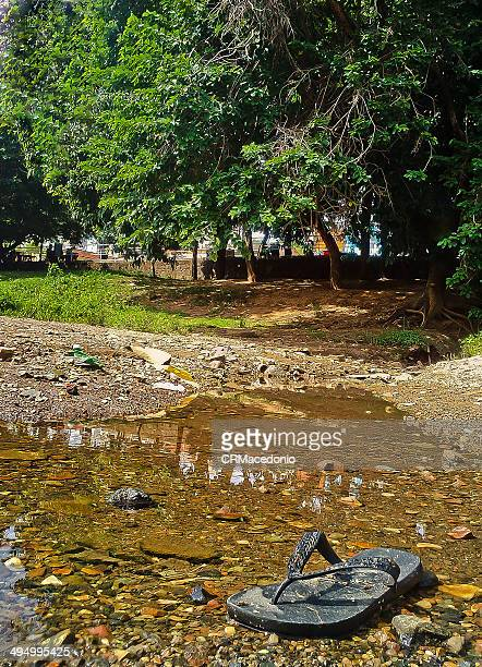 neglect of water from the rio piracicaba - crmacedonio stockfoto's en -beelden
