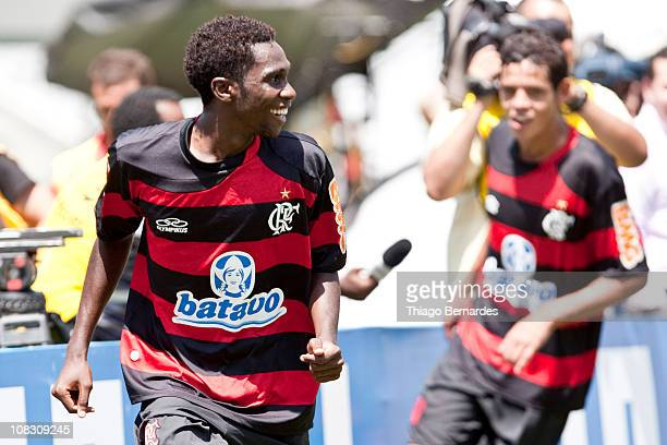 Negueba at Flamengo celebrates a goal over Bahia during the match as part of the Sao Paulo Juniors Cup 2011 at Pacaembu stadium on January 25 2011 in...