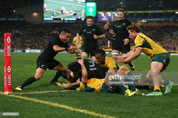 Nehe MilnerSkudder of the All Blacks scores a try during The Rugby Championship match between the Australia Wallabies and the New Zealand All Blacks...