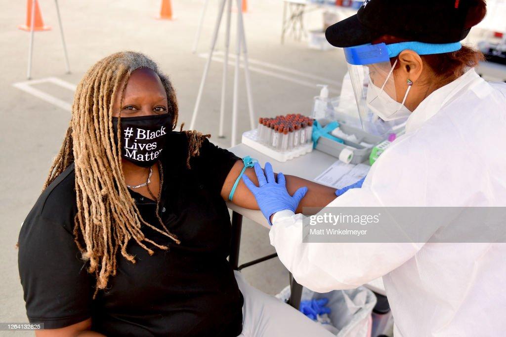 GUARDaHEART Foundation And Baldwin Hills Crenshaw Plaza Host Free COVID-19 SARS-CoV-2 Serology Antibody Testing Community Event : News Photo