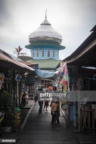 neighborhood mosque in palangkaraya, central kalimantan, indonesia - kalimantan stock pictures, royalty-free photos & images
