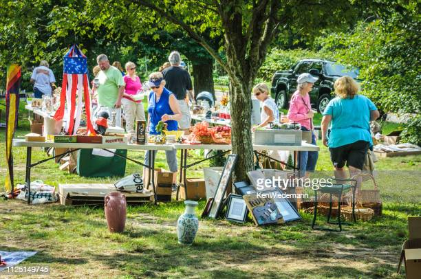 neighborhood tag sale - garage sale stock pictures, royalty-free photos & images