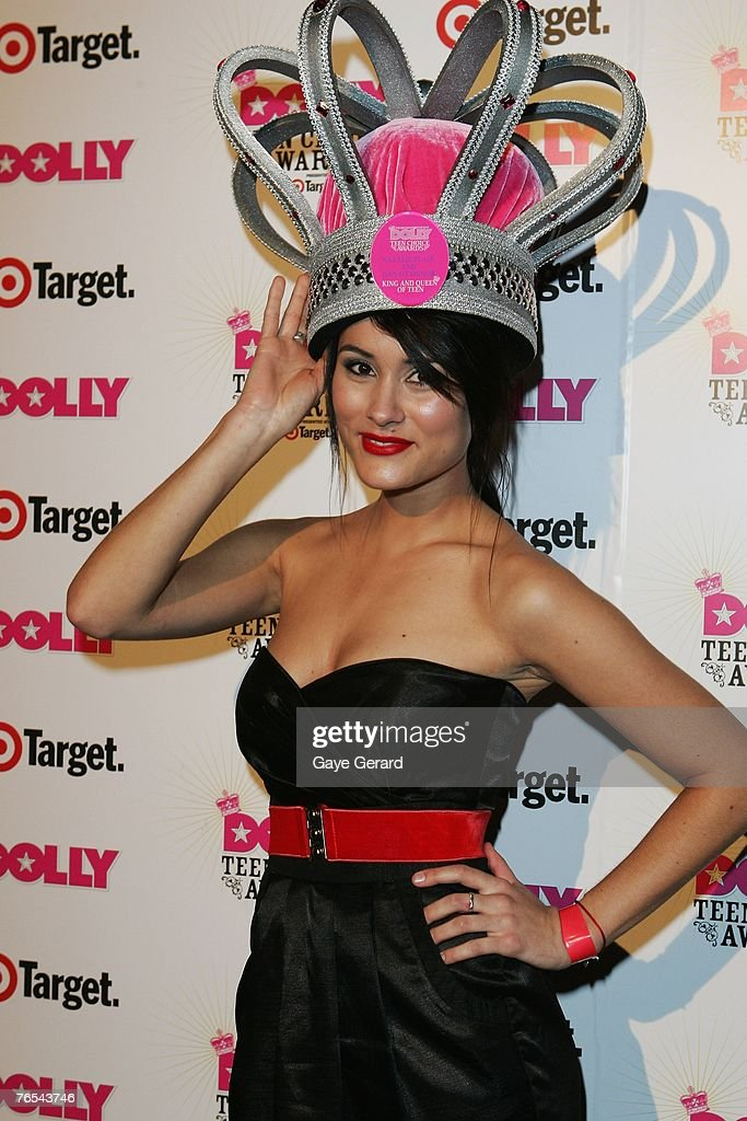 Neighbours Cast Member Natalie Blair celebrates her win on stage at the Dolly Teen Choice Awards at Luna Park on September 5, 2007 in Sydney,Australia.