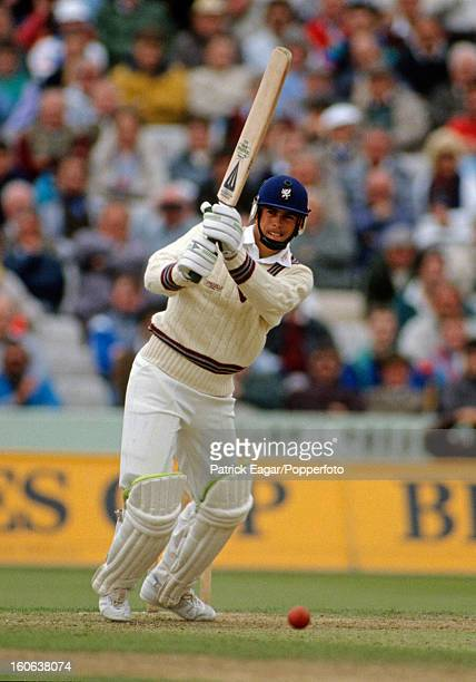 Neil Burns batting during the Benson and Hedges Cup semi final 1990