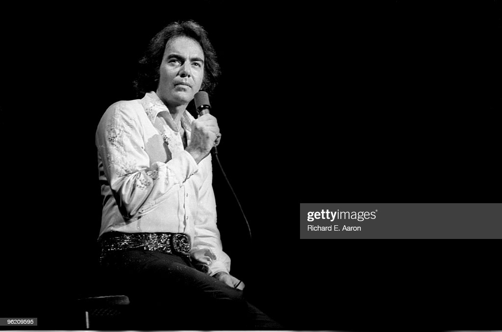 Neil Diamond Performs Live In The Mid West : News Photo