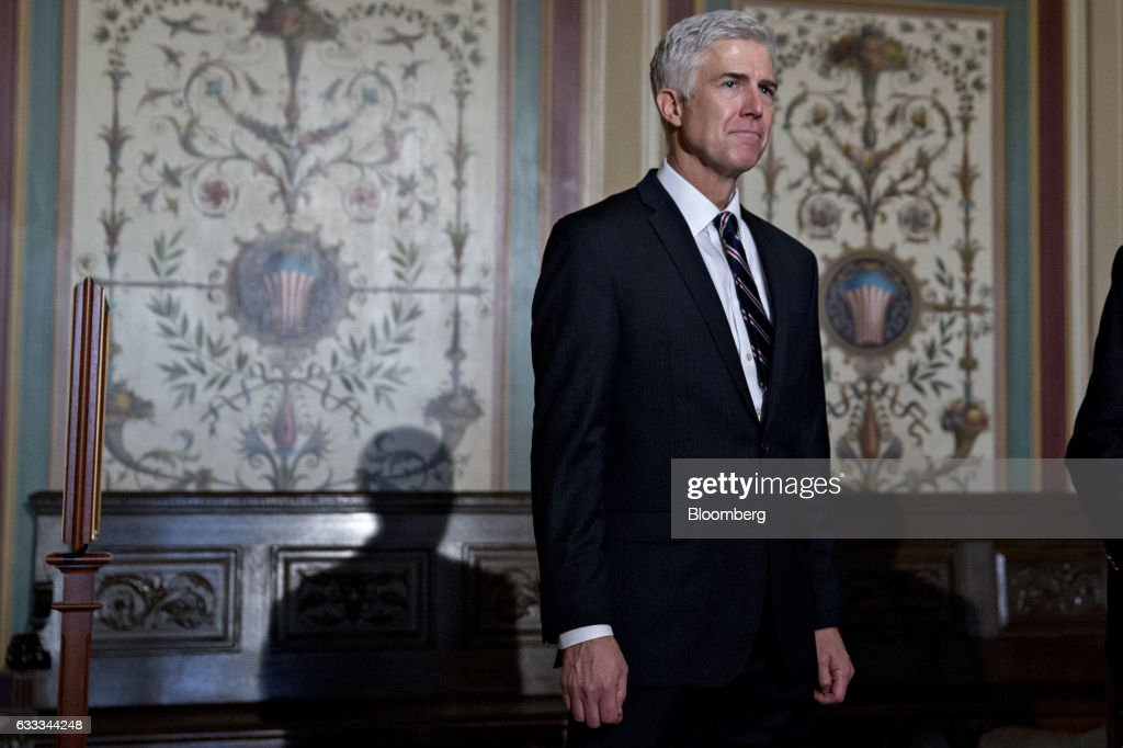 Supreme Court Nominee Neil Gorsuch Attends News Conference With Senator Grassley : News Photo