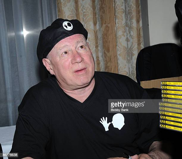 Neil Innes attends the 35th Anniversary of The Fest For Beatles Fans celebration at the Crowne Plaza Meadowlands on March 27 2009 in Secaucus New...