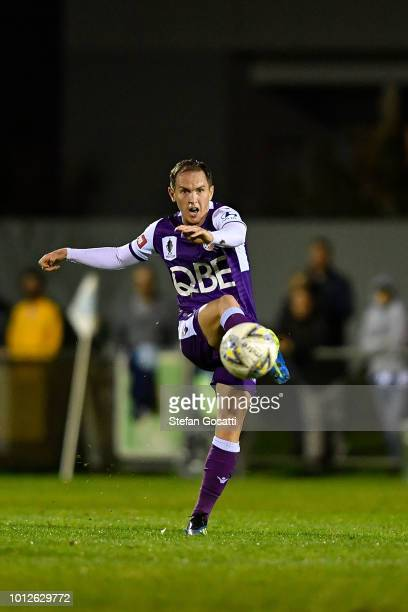 Neil Kilkenny of the Glory kicks during the FFA Cup round of 32 match between Perth Glory and Melbourne Victory at Dorrien Gardens on August 7 2018...