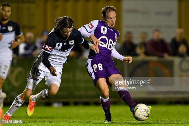 Neil Kilkenny of the Glory kicks the ball during the FFA Cup round of 32 match between Perth Glory and Melbourne Victory at Dorrien Gardens on August...