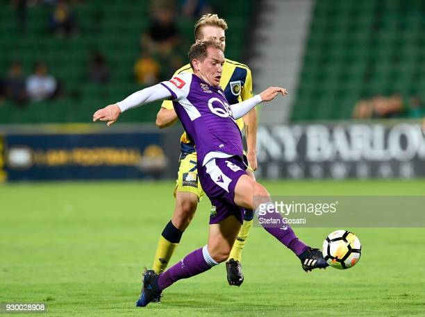 Neil Kilkenny of the Glory kicks the ball during the round 22 ALeague match between the Perth Glory and the Central Coast Mariners at nib Stadium on...
