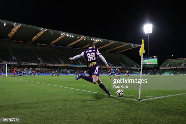 Neil Kilkenny of the Glory takes a corner kick during the round 25 ALeague match between the Perth Glory and Sydney FC at nib Stadium on March 29...