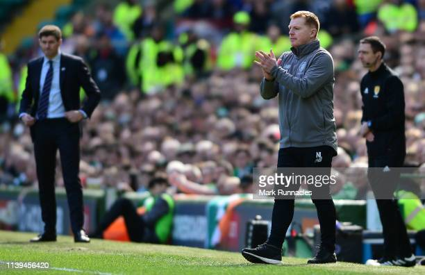Neil Lennon Interim manager of Celtic applauds his team during of the Ladbrokes Scottish Premiership match between Celtic and Rangers at Celtic Park...