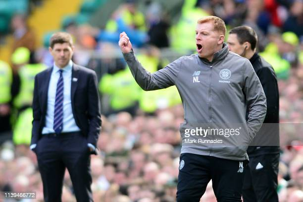 Neil Lennon Interim manager of Celtic gives his team instructions during the Ladbrokes Scottish Premiership match between Celtic and Rangers at...