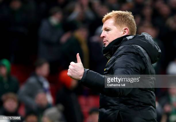 Neil Lennon Manager of Celtic gives a thumbs up after the UEFA Europa League round of 32 first leg match between FC Kobenhavn and Celtic FC at Telia...