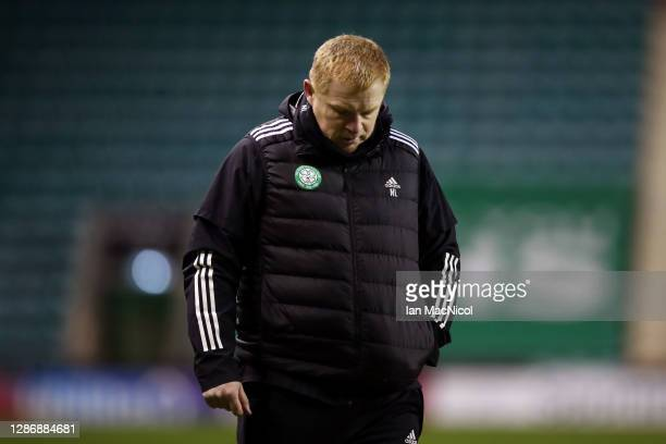 Neil Lennon Manager of Celtic reacts following the Ladbrokes Scottish Premiership match between Hibernian and Celtic at Easter Road on November 21...