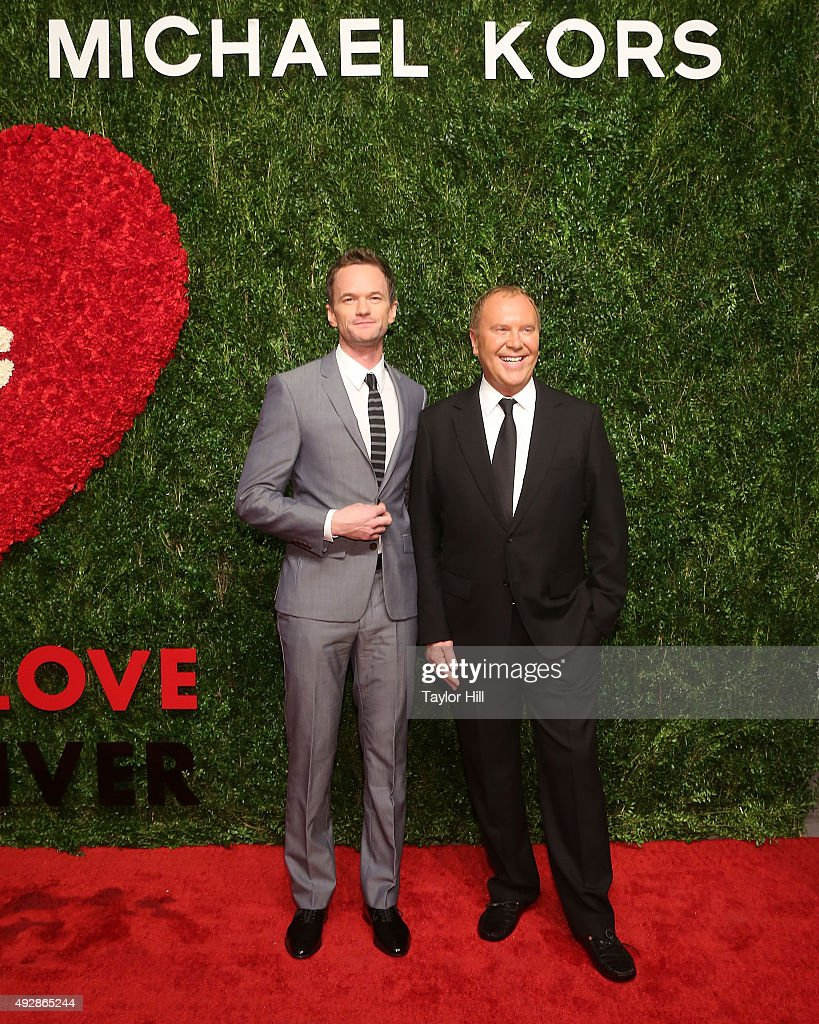 Neil Patrick Harris and Michael Kors attend the 2015 God's Love WE Deliver Golden Heart Awards at Spring Studios on October 15, 2015 in New York City.