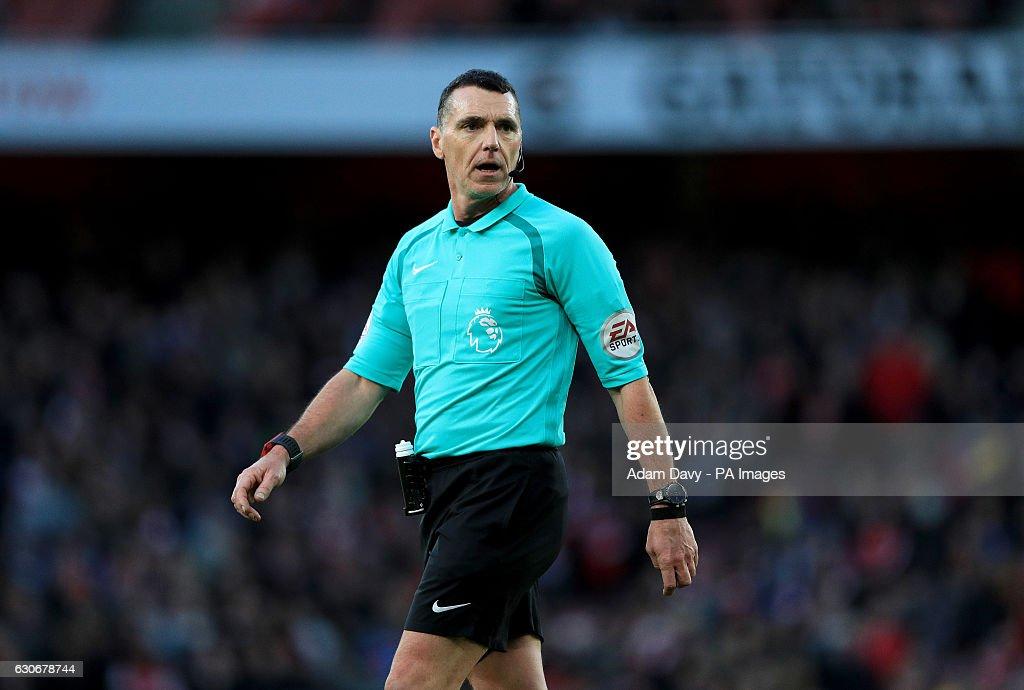 Arsenal v West Bromwich Albion - Premier League - Emirates Stadium : News Photo