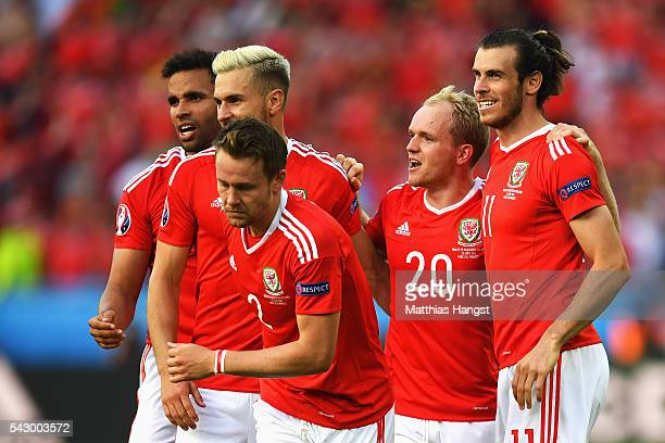 Neil Taylor Aaron Ramsey Chris Gunter Jonathan Williams and Gareth Bale of Wales celebrate their win after the UEFA EURO 2016 round of 16 match...