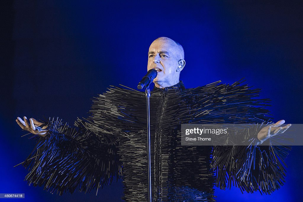 Pet Shop Boys Perform At LG Arena In Birmingham : News Photo
