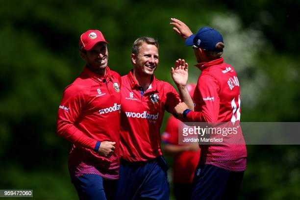 Neil Wagner of Essex celebrates with his teammates after dismissing Stevie Eskinazi of Middlesex during the Royal London OneDay Cup match between...