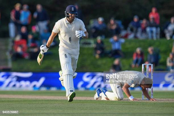 Neil Wagner of New Zealand reacts as Dawid Malan of England makes a run during day three of the Second Test match between New Zealand and England at...