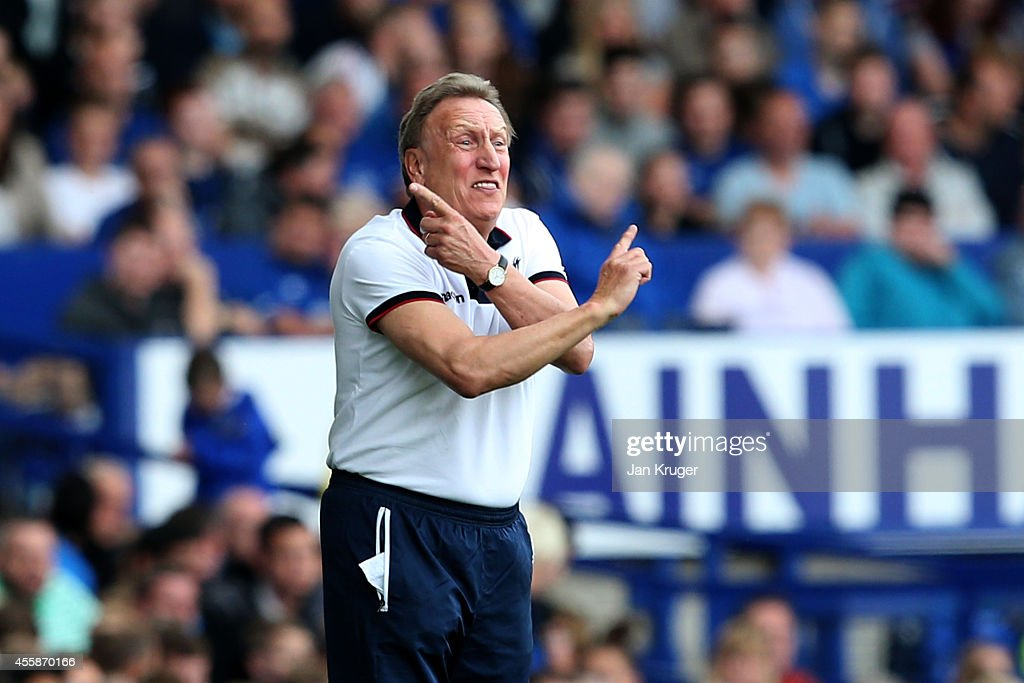 Neil Warnock the manager of Crystal Palace directs his players during the Barclays Premier League match between Everton and Crystal Palace at Goodison Park on September 21, 2014 in Liverpool, England.