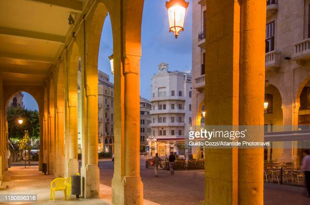 nejmeh square also known as place de l'étoile - image stock pictures, royalty-free photos & images