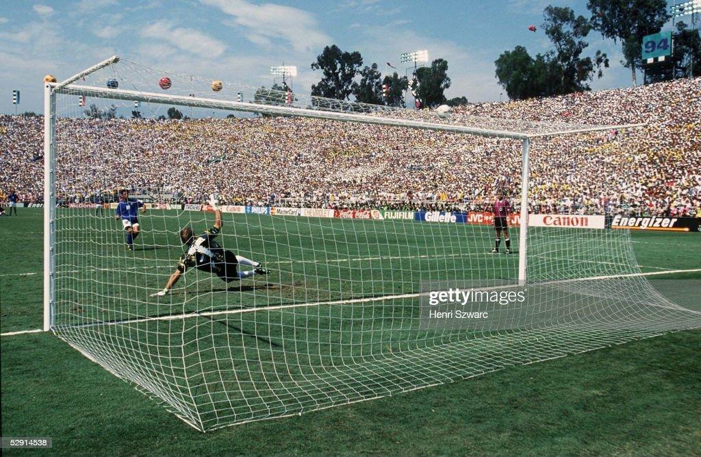 FUSSBALL: WM 1994 USA FINALE BRASILIEN : News Photo