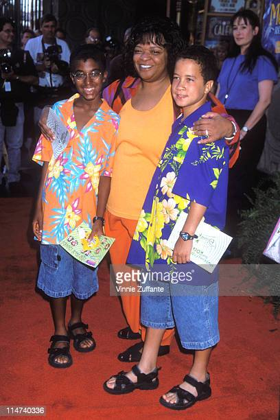 Nell Carter and sons at the premiere of the Little Mermaid 2