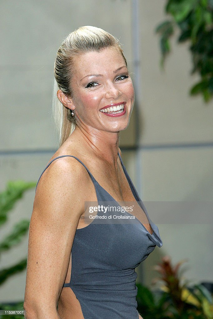 Nell McAndrew Named 2005 Rear of the Year