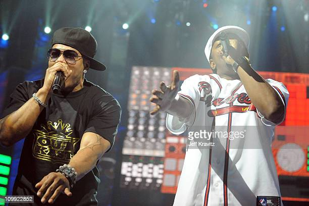 Nelly and Murphy Lee perform onstage at the 2010 Vh1 Hip Hop Honors at Hammerstein Ballroom on June 3 2010 in New York City