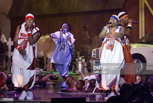 Nelly and the St. Lunatics perform at The Source Hip-Hop Music Awards 2001 at the Jackie Gleason Theater in Miami Beach, Florida. 8/20/01 Photo by...