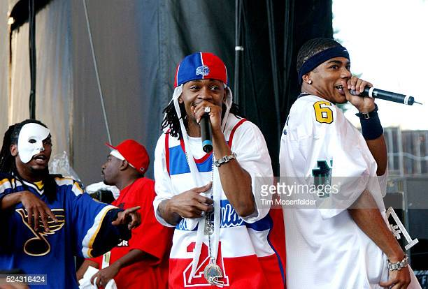 Nelly and the St Lunatics perform on stage at the Shoreline Amphitheater during the 2002 Nellyville tour