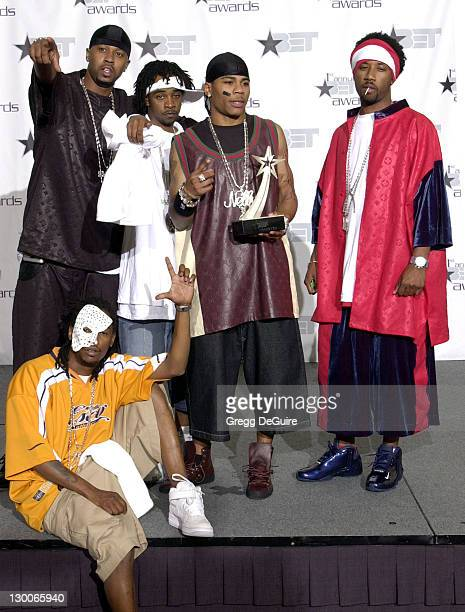 Nelly and the St Lunatics pose with his award for Best New Artist at the First Annual BET Awards June 19 2001 at the Paris Hotel and Casino In Las...
