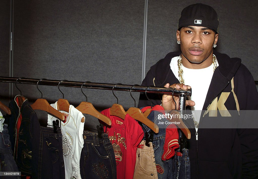 Nelly announcing his new line of clothing at Magic Marketplace 2006