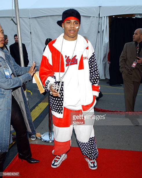 Nelly arrives at the 29th Annual American Music Awards January 9 2002 at the Shrine Auditorium in Los Angeles