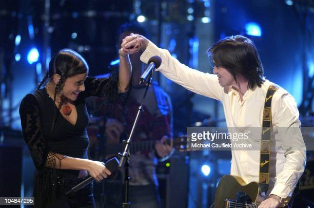 Nelly Furtado and Juanes perform 'A Dios Le Pido' at the 3rd Annual Latin GRAMMY Awards at the Kodak Theater