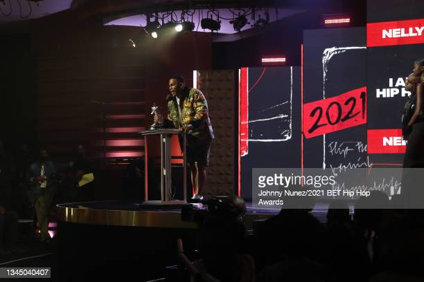 Nelly receives the 'I Am Hip Hop' award onstage during the 2021 BET Hip Hop Awards at Cobb Energy Performing Arts Center on October 01, 2021 in...