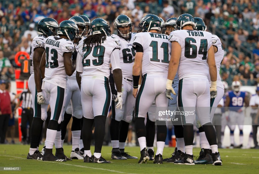 Buffalo Bills v Philadelphia Eagles : News Photo
