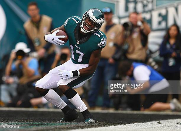 Nelson Agholor of the Philadelphia Eagles celebrates his touchdown against the Buffalo Bills during the second quarter at Lincoln Financial Field on...