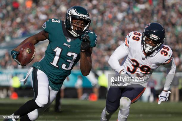 Nelson Agholor of the Philadelphia Eagles runs past Eddie Jackson of the Chicago Bears to score a touchdown in the second quarter at Lincoln...