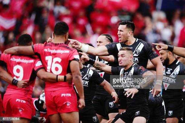 Nelson AsofaSolomona of the Kiwis performs the haka against Tonga during the 2017 Rugby League World Cup match between the New Zealand Kiwis and...